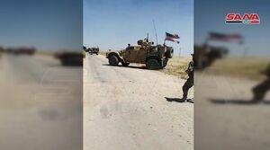 عکس/ جلوگیری از عبور کاروان خودروهای آمریکایی در سوریه