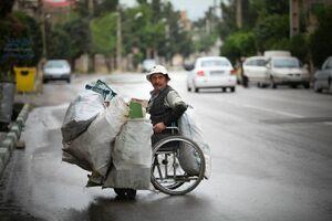 زندگی و شغل سخت مرد معلول +عکس
