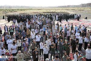 عکس/ اقامه نماز عید فطر در قم