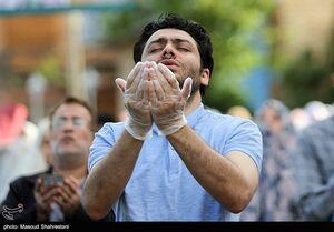 عکس/ اقامه نماز عید فطر در محله سعادت آباد