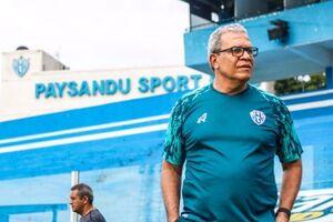 مردی با ۴۷ تغییر تیم؛ جهانگردترین مربی فوتبال دنیا +عکس