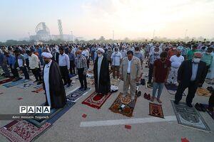 عکس/ برگزاری نماز عید فطر در جزیره کیش