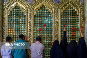 عکس/ اولین زائران حرم حضرت فاطمه معصومه(س)