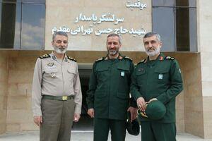 دیدار فرمانده ارتش با سردار حاجی زاده +عکس