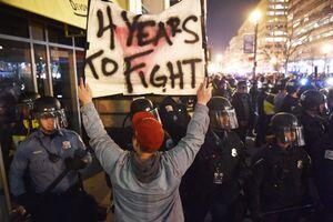 اوضاع ناآرام در آمریکا همزمان با ادامه اعتراضات