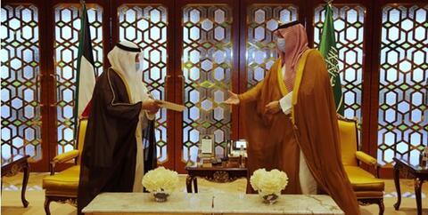 پیام مکتوب امیر کویت به شاه سعودی