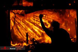 تصاویر جدید از به آتش کشیدن مرکز پلیس مینیاپولیس