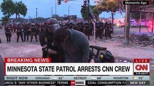 فیلم/ بازداشت خبرنگار سیاهپوست CNN در گزارش زنده!