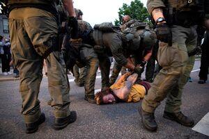 تشدید درگیریها با معترضین آمریکایی+ فیلم