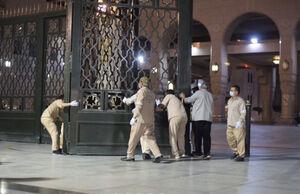 عکس/ بازگشایی مسجد النبی پس از ۷۴ روز