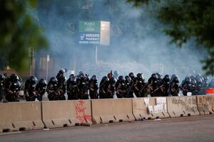 فیلم/ حکومت نظامی در شهر مینیاپولیس آمریکا