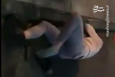 فیلم/ پلیس نیویورک خطاب به زن معترض: حرام زاده احمق