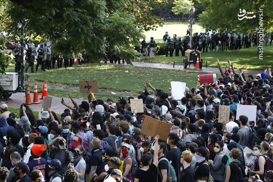فیلم/ تلاش برای سرکوب معترضان در نزدیکی کاخ سفید