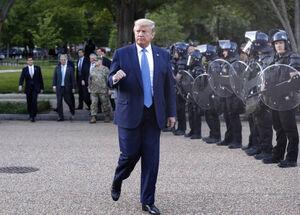 بازدید سرزده ترامپ از صحنه آشوب خیابانی