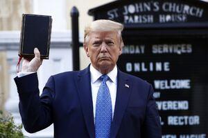 فیلم/ سوء استفاده ترامپ از کلیسا