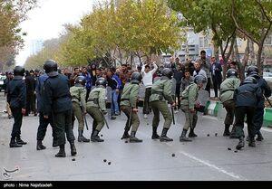 مقایسه رفتار پلیس ایران با آمریکا +فیلم