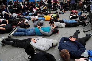 خوابیدن در میدان تایمز