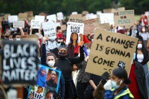 فیلم/ معترضان در سیدنی، قرنطینه را شکستند