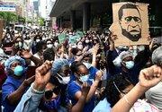 یکی از جذابیت های اعتراضات آمریکا +عکس