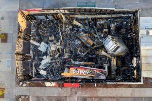 عکس/ ساختمانی که در جریان اعتراضات خاکستر شد