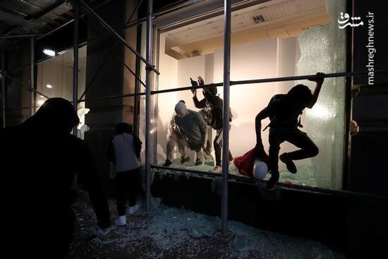عکس/ غارت شبانه یک لباس فروشی