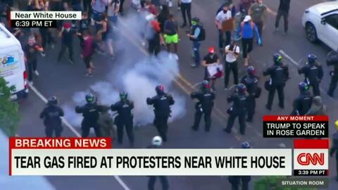فیلم/ آماده کردن محل حضور ترامپ به روش پلیس!