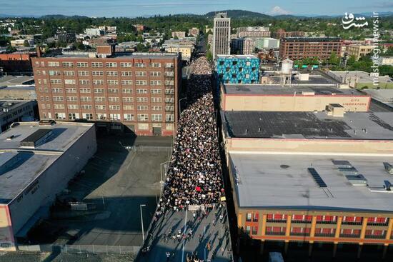 عکس/ سیل جمعیت معترضان به قتل فلوید در آمریکا