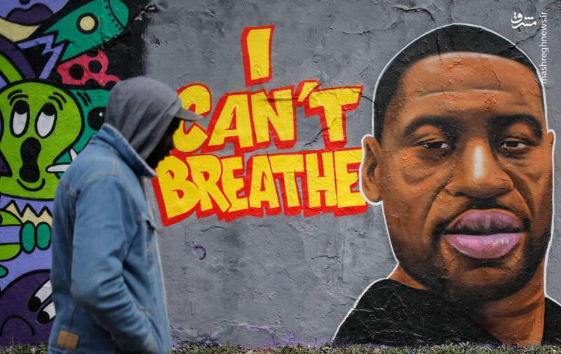 گرافیتی جرج فلوید در برلین