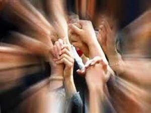 با متحدان خود آشتی کنیم+ عکس