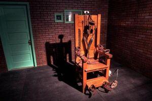 اعدام نوجوان بیگناه با صندلی برقی!+ فیلم