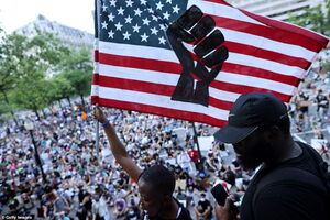 عکس/ ادامه حضور گسترده مردم در اعتراضات آمریکا