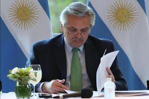 رئیس جمهور آرژانتین: دلخوشی ما دیدن مسی است