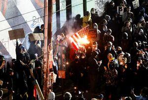 فیلم/ خشونت در سرکوب اعتراضات سراسری سیاتل و پورتلند