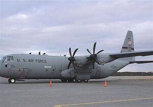 فیلم/ حادثه برای هواپیمای سی ۱۳۰ آمریکا در فرودگاه التاجی