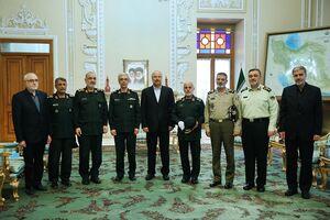عکس/ دیدار فرماندهان نیروهای مسلح با قالیباف