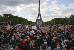 عکس/ برج ایفل در محاصره معترضان