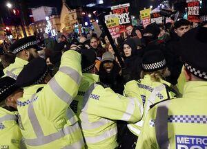 اعتراضات انگلیس