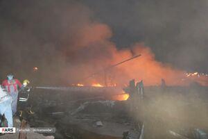 عکس/ آتشسوزی لنجهای صیادی در بندر کنگ