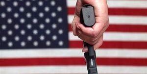 فیلم/ حضور افراد مسلح در میان معترضان آمریکایی