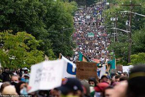 فیلم/ خیابانهای ایالت تنسی در قرق معترضان