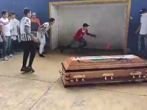 فوتبالیستی که بعد از مرگ هم گل زد! +عکس