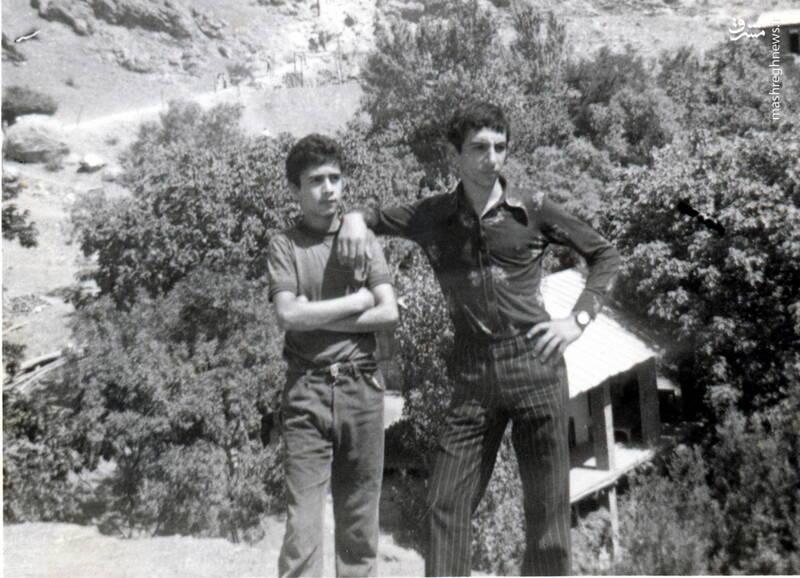 شهید حجتالله امیرصوفی(نفر سمت چپ)