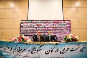 چرا قراردادهای مربیان تیم ملی فوتبال شفاف نیست؟