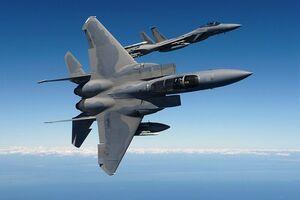 هواپیمای اف ۱۵ آمریکا