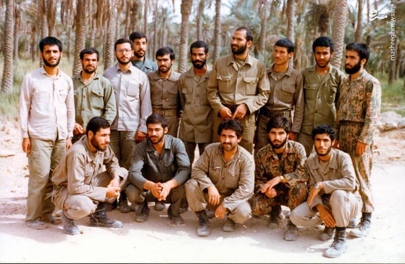شهید عبدالرضا امینی(ایستاده، نفر ششم از راست)