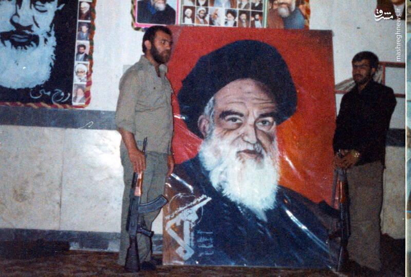 شهید عبدالرضا امینی(نفر سمت راست)