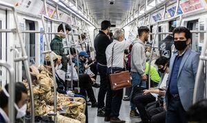 عدم رعایت فاصله گذاری اجتماعی در مترو