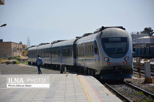 عکس/ بهرهبرداری از خط دوم راهآهن کرج قزوین