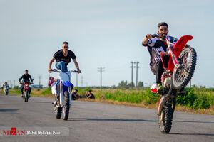 عکس/ تفریحات مرگبار با موتورسیکلت