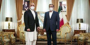 بیانیه کابل درباره دیدار «اتمر» و «شمخانی»؛ حضور مهاجران افغان در ایران قانونمند شود